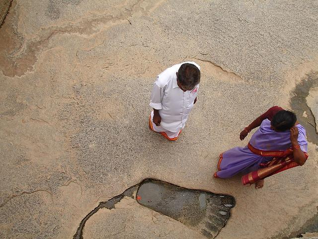 Giant footprint - lepakshi temple India 01
