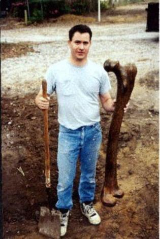 giant leg bone-turkey